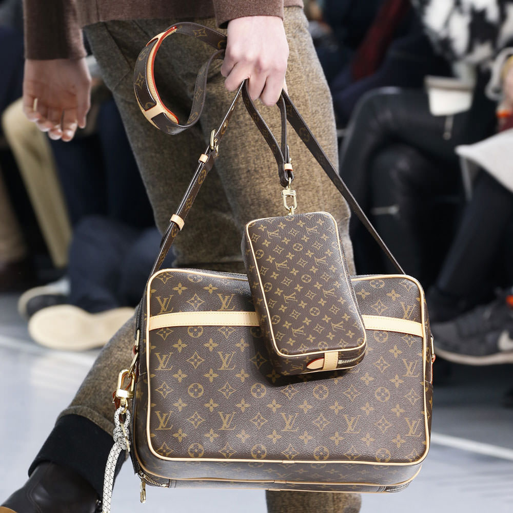 Louis vuitton zaino uomo for Amazon borse louis vuitton